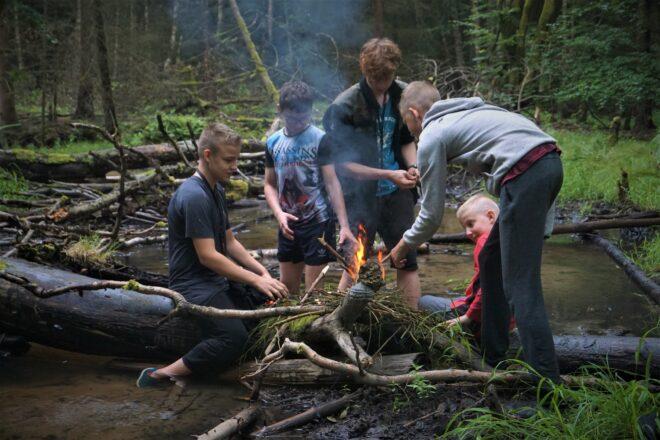 Młodzieżowy Surwiwal PINE Edukacja w Naturze